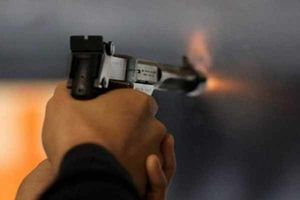 فیلم/ تیراندازی مقابل دادگاه انقلاب اهواز