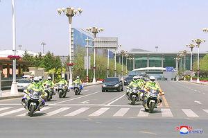 عکس/ اسکورت «کیم جونگ اون» در چین