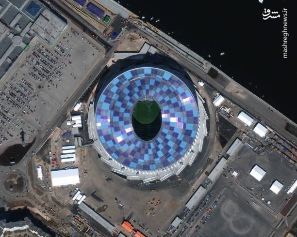 استادیوم نیژنی نووگورود- نیژنی نووگورود؛ یکی از ورزشگاههای جام جهانی ۲۰۱۸ است که در کنار رودخانه واقع شده است،  بازسازی های انجام گرفته به روی این استادیوم یکی از خارق العاده ترین ورزشگاههای مسابقات جام جهانی ۲۰۱۸ تبدیل شده است.