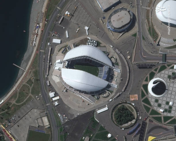 استادیوم المپیک فیشت-سوچی، این استادیوم برای مسابقات المپیک و پارالمپیک زمستانی ۲۰۱۴ ساخته شد که با برگزاری مسابقات جام جهانی فوتبال در سال  ۲۰۱۸ ، دومین استادیوم پس از استادیوم تورین ، خواهد بود که هم میزبان مسابقات المپیک بوده هم جام جهانی فوتبال.