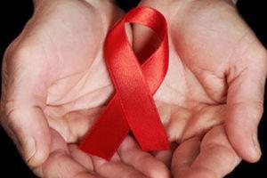 تعهد بدهید اگر ایدز گرفتید شکایت نکنید! +عکس