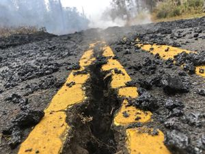 عکس/ خسارت شدید فوران آتشفشان در هاوایی