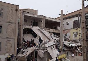نجات جان ۶ نفر در حادثه انفجار ساختمان مسکونی + تصاویر