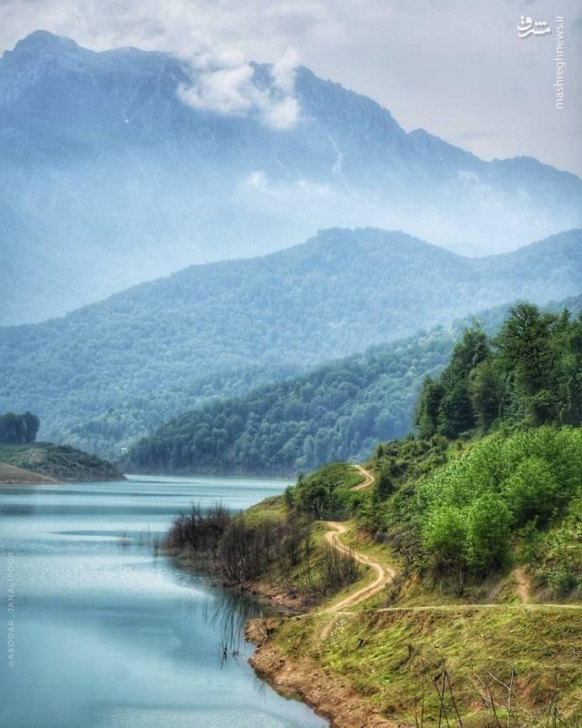 تصویری زیبا از طبیعت بکر رودبار