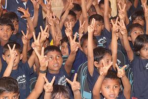 مدرسهای برای کودکان میانمار +عکس