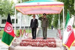 استقبال رسمی وزیر دفاع ایران از وزیر دفاع افغانستان