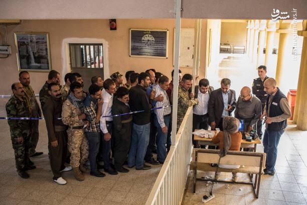 کمیساریای عالی انتخابات عراق اعلام کرد از مجموع جمعیت 36 میلیونی عراق، 24 میلیون نفر واجد شرایط رای دادن هستند و انتخابات در 18 استان عراق برگزار میشود به این معنی که در هر یک از استانها بر اساس تراکم جمعیتی، هفت تا 34 نماینده انتخاب می شوند.