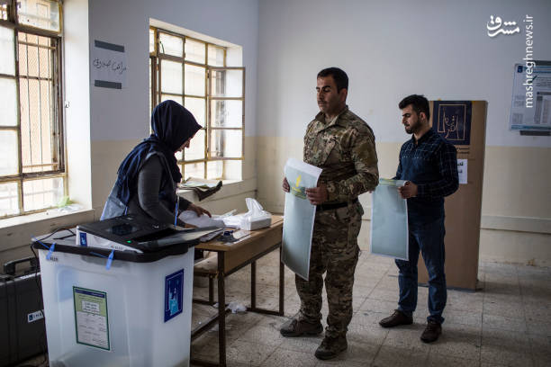 به استثنای انتخاب نخست وزیر، احزابی که کرسیهای پارلمان را از آن خود میکنند باید درباره رئیس جمهور و رئیس پارلمان به توافق برسند به این معنی که عرف موجود در عراق که مورد توافق فراکسیونهای سیاسی است مبتنی بر تقسیم ریاست سه قوه به ترتیب زیر است:
