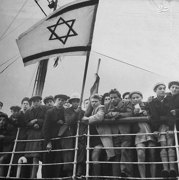 این ایده در سال 1840 توسط انگلستان تکرار شد و در سالهای استعمارگری بریتانیا در فلسطین (1922 تا 1948) با ارائه مجوز تسخیر بی قید و شرط سرزمینهای فلسطین به آژانس یهود و آغاز مهاجرت دستهجمعی یهودیان از سراسر دنیا به این سرزمین، اجرا گردید.