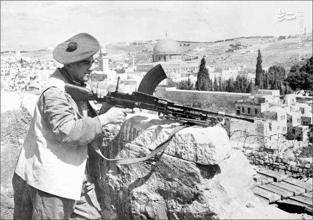 گرچه سیاستمداران فلسطینی 15 می را بعنوان «یوم النکبه» تعیین کردند اما فاجعه نه در این روز بلکه در 2 نوامبر 1917 روی داد که وزارت خارجه انگلیس استقرار دولت یهودی در خاک فلسطین را خواستار و بعدها به نام «بیانیه بالفور» معرفی کرد.