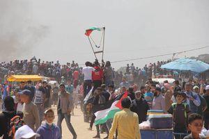 تظاهرات بزرگ بازگشت فلسطینیان در نوار مرزی باریکه غزه در قاب تصویر