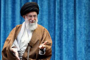 فیلم/ واکنش جالب رهبرانقلاب به شعار فرهنگیان