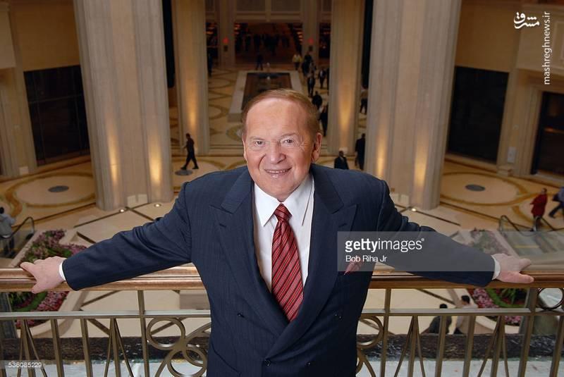 """شلدون ادلسون در هتل """"پالازو"""" لاس وگاس که متعلق به خود اوست."""