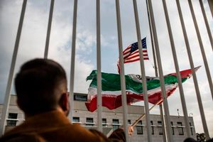 اهتزاز پرچم ایران در سفارت آمریکا در آفریقا