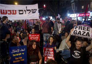 تظاهرات ساکنین تلآویو در اعتراض به کشتار مردم غزه