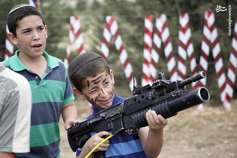 تلاش برای نهادینه کردن فرهنگ قتل، ترور و خشونت در میان کودکان اسرائیلی به وضوح دیده می شود.