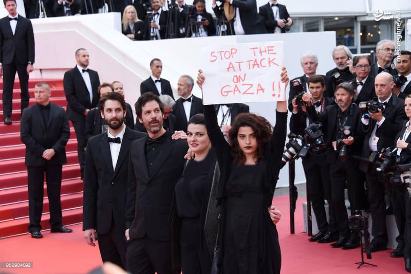 حرکت جالب بازیگر زن روی فرش قرمز جشنواره کَن