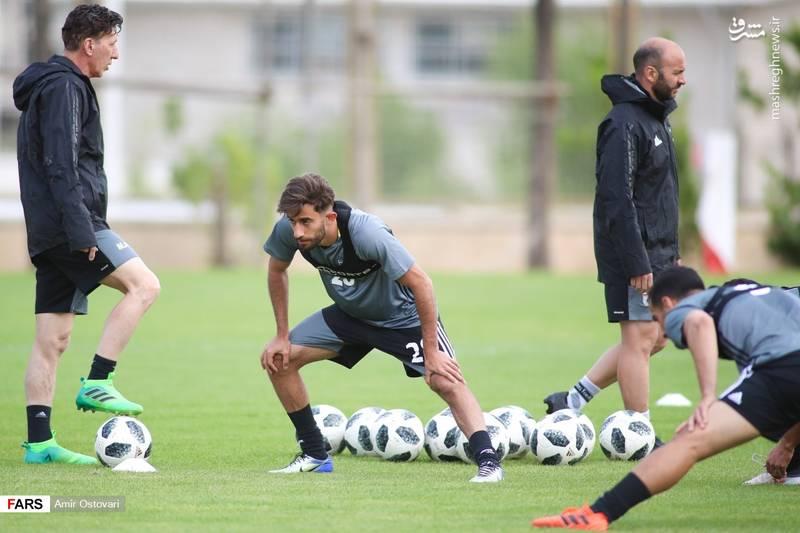 تمرین تیم ملی فوتبال با 6 بازیکن