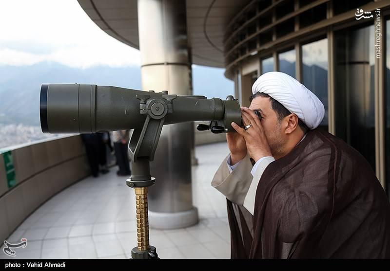 استهلال ماه مبارک رمضان - برج میلاد