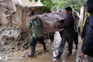 امدادرسانی نیروهای بسیج به سیلزدگان نیشابور