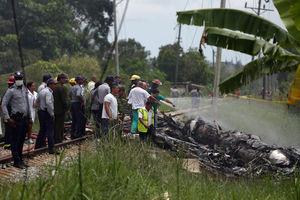 عکس/ بیش از 100 کشته در سقوط هواپیما در  کوبا
