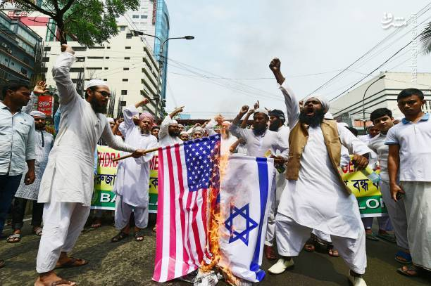 به آتش کشیدن پرچم آمریکا و اسرائیل در بنگلادش