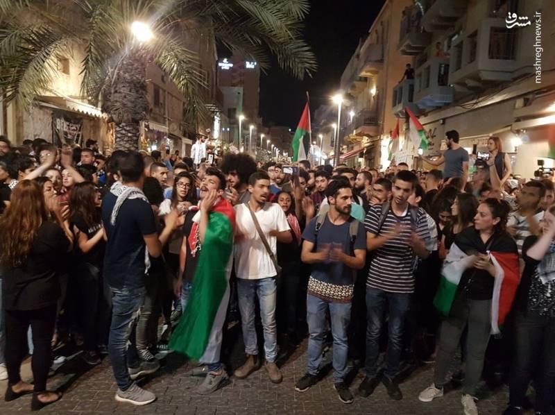 نظامیان رژیم صهیونیستی نیز به قلع و قمع تظاهرات فلسطینیان علیه این رژیم پرداختند.