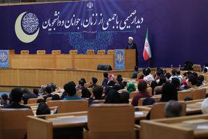روحانی: آمریکا میخواست ایران را منزوی کند نتیجه عکس گرفت/ مهمترین پیام انتخابات ۹۶ این بود که به عقب بر نمی گردیم
