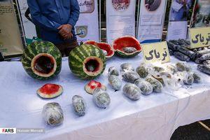 عکس/ جاسازی تریاک داخل هندوانه
