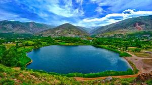 عکس/ دریاچهای بکر در دل طبیعت رودبار