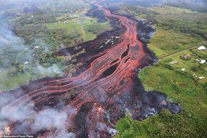 عکس/ هاوایی غرق در مواد مذاب