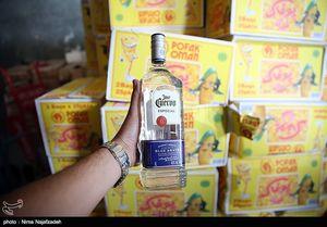 عکس/ کشف ۲۵ هزار بطری مشروب در مشهد
