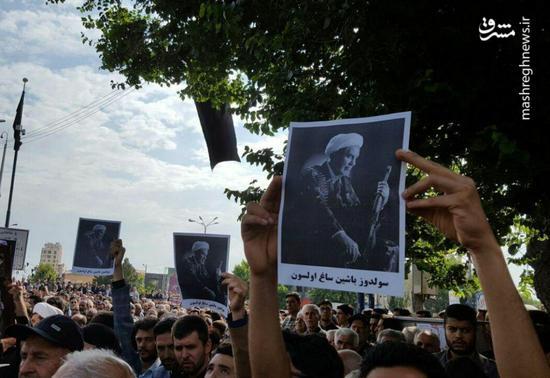 عکس/ سنگ تمام آذری زبانها برای حجت الاسلام حسنی