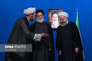عکس/ تجلیل روحانی از ایثارگران فتح خرمشهر