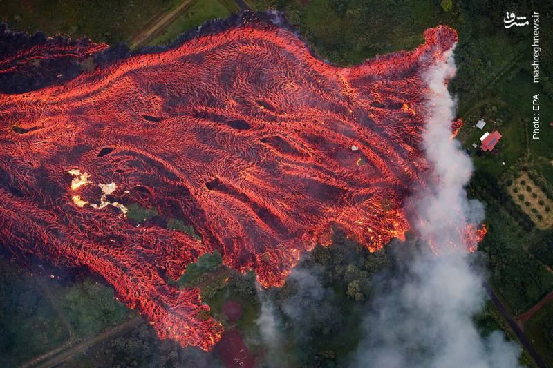 جریان سهمگین مواد مذاب پس از فوران آتشفشان در هاوایی