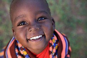 فیلم/ ترس کودک آفریقایی از یک سفیدپوست!