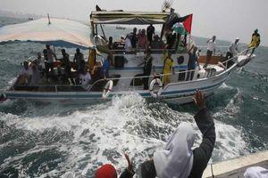 نزدیک شدن کشتی آزادی به سواحل غزه