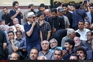 """عکس/ رضا عطاران در مراسم ترحیم""""ناصر ملک مطیعی"""""""