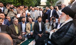 عکس/ حاشیههای دیدار شاعران با رهبر انقلاب