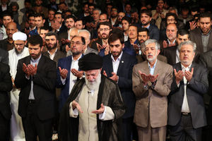 دیدار شاعران و استادان زبان و ادب پارسی با رهبر انقلاب