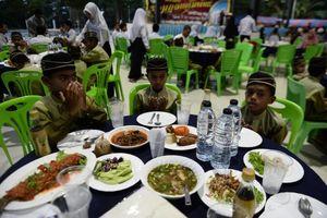 عکس/ افطار مسلمانان تایلند