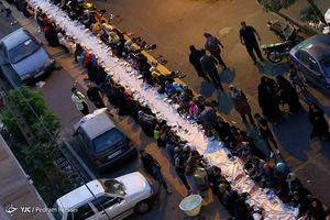 عکس/ سفره افطاری اهالی محله قصردشت