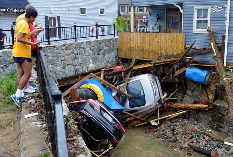 خسارات طغیان رودخانه در شهر الیکات آمریکا