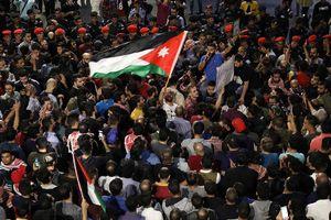 علت تظاهرات خیابانی اردنیها چیست؟