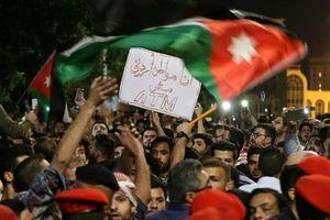 تظاهرات مردم اردن علیه دولت هانی الملقی