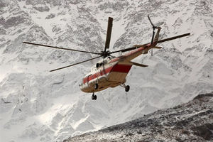 فیلم/ لحظه فرار بالگرد امدادگران دنا از برخورد با کوه!