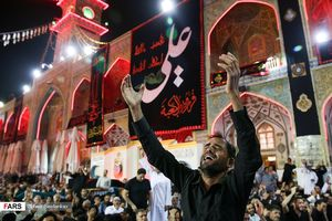 عکس/ احیای شب 21 رمضان در حرم امیرالمومنین(ع)