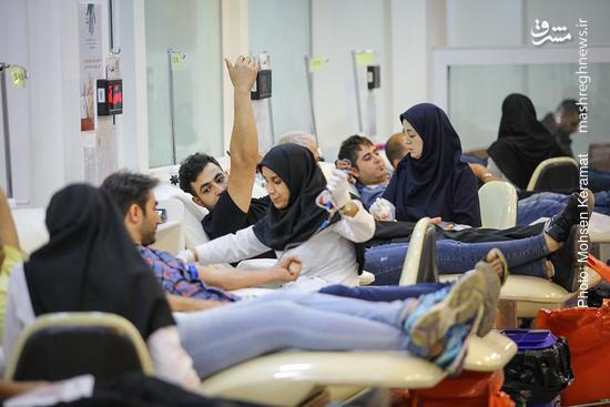 عکس/ اهداء خون در شب قدر