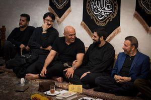 عکس/ حضور منصوریان در هیئت بنی فاطمه