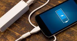 چرا باید از شارژ ۱۰۰ درصدی موبایل ترسید؟